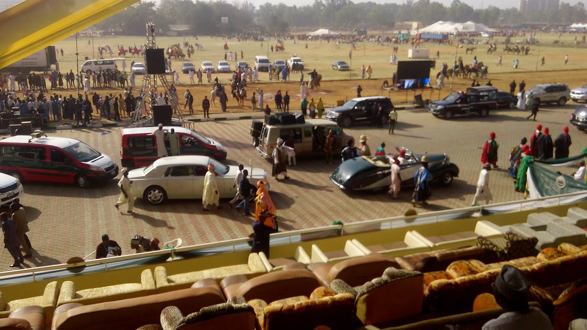 Emir Sanusi Drives Vintage Car To Dubar; Same As His Grand-father's In 1956