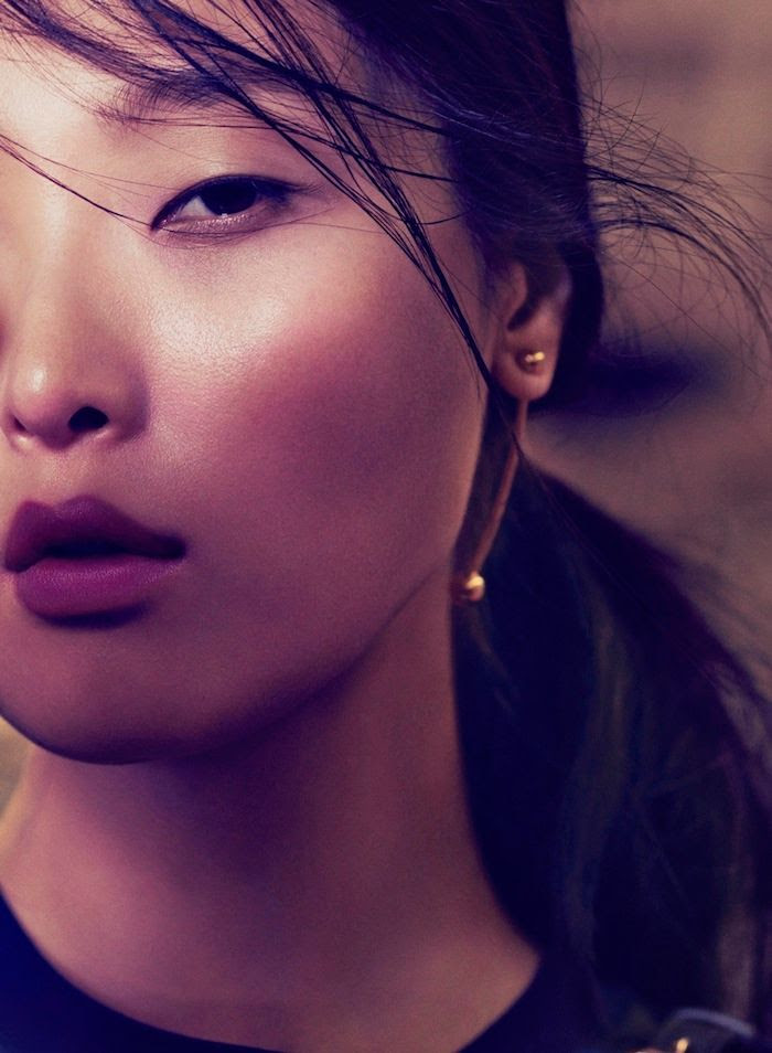 Le Fashion Blog - Jewelry Crush - Fallon Shalom Ball Drop Earrings - Vogue China - Model Sung Hee Kim -- Photographer Jem Mitchell -- Stylist Ida Wang photo Le-Fashion-Blog-Jewelry-Crush-Fallon-Shalom-Ball-Drop-Earrings-Via-Vogue-China.jpg