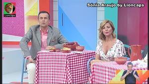 Sónia Araujo sensual na Rtp