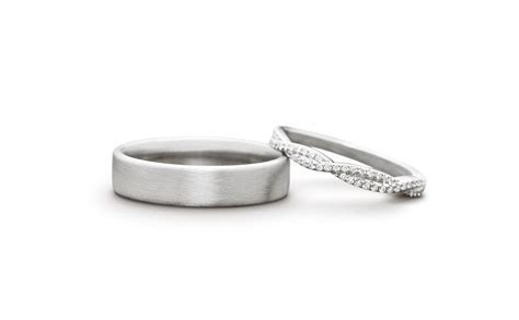 Wedding Ring Pair on White ZVretouch