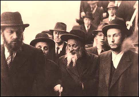 The late Satmar Rebbe, Rabbi Yoel Teitelbaum.
