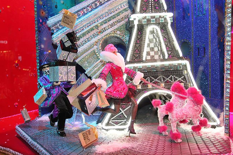 best-window-displays_bloomingdales_2013_christmas_all-wrapped-in_01