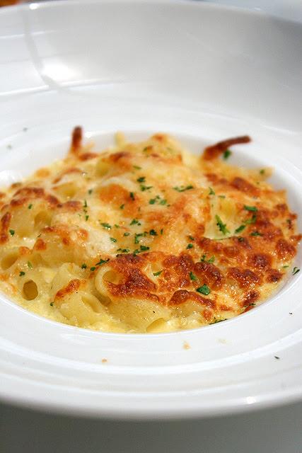 Macaroni Formaggio (S$11.80): Baked macaroni with mozzarella, nutty flavour edam and asiago cheese