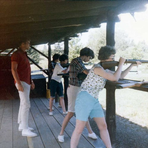 img160_Mary_Kathy_Dorthea_Carole_and_Darwood_at_Shooting_Range_at_Jack_and_Jill_Ranch_1966