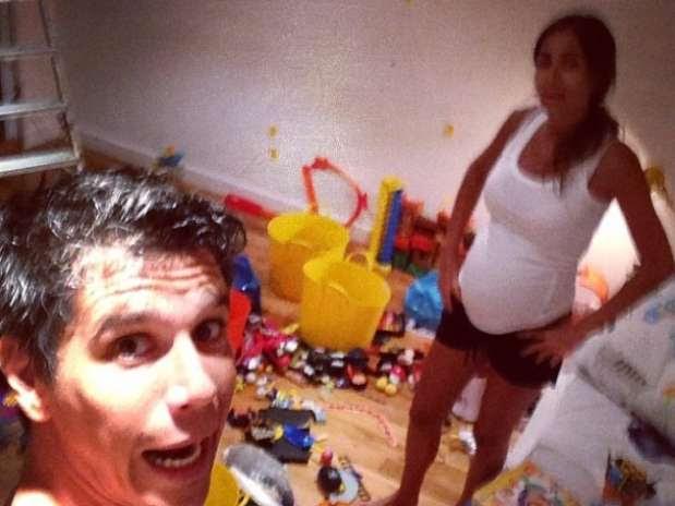 Ontem Márcio postou foto em meio à bagunça no quarto do bebê Foto: @marciogarciamgp/ Instagram / Reprodução