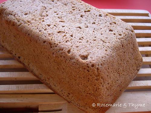 DSCN8572 - Russian rye bread_loaf_upsidedown