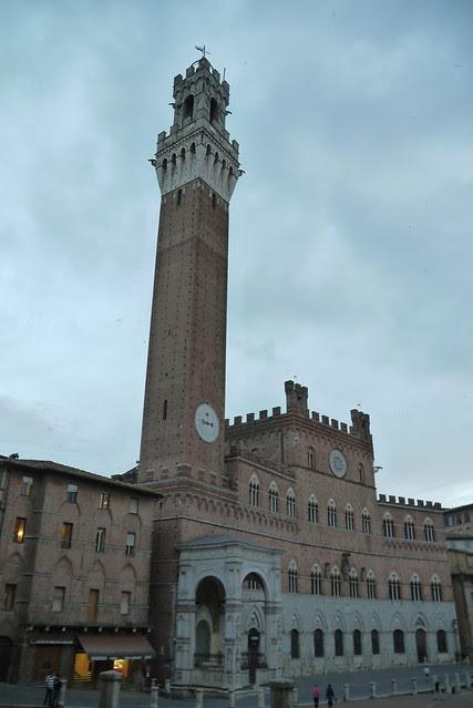 Torre del Mangia 曼吉亞塔樓
