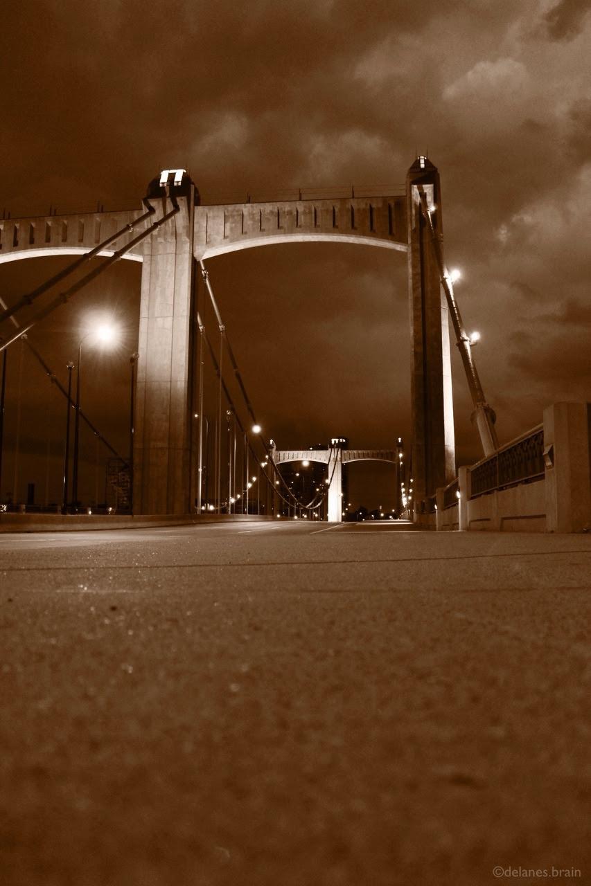 http://stuffaboutminneapolis.tumblr.com/post/96667658969/delanesbrain-the-hennepin-bridge-and-looking