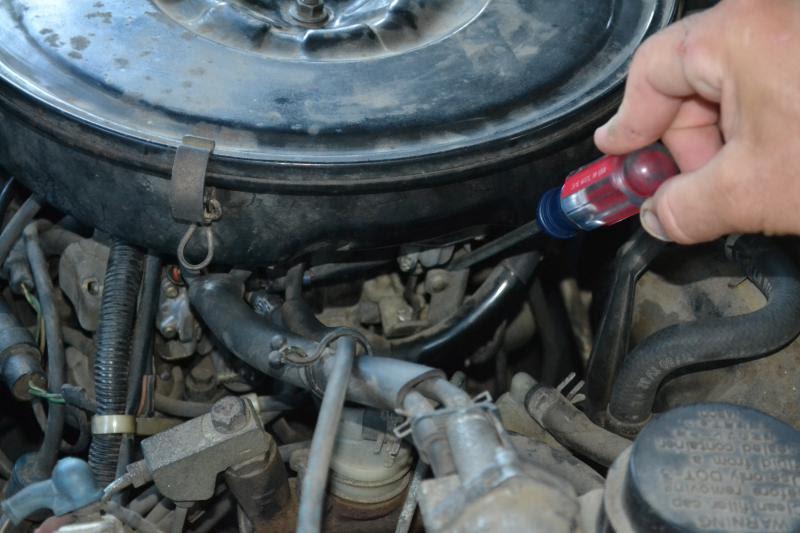 1987 Dodge Ram 50 Fuel Filter Location