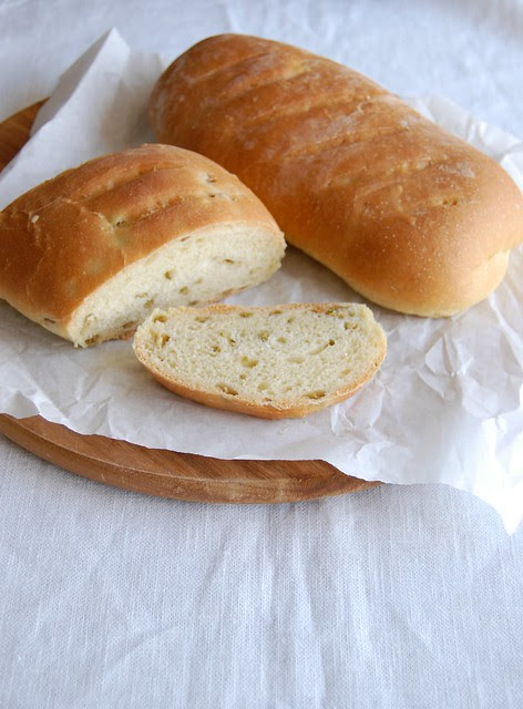 Olive oil bread / Pão de azeite