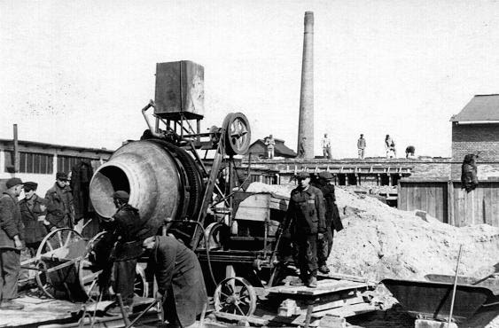 Construction of Oskar Schindler's armaments factory in Bruennlitz. Czechoslovakia, October 1944.