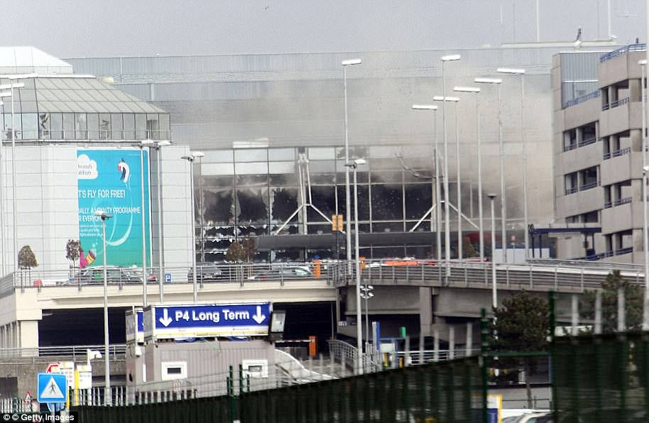 At 8am, two bombs were detonated at Zaventem Airport by Ibrahim El Bakraoui and Najim Laachraoui, causing the deaths of 14 people near the check-in desks