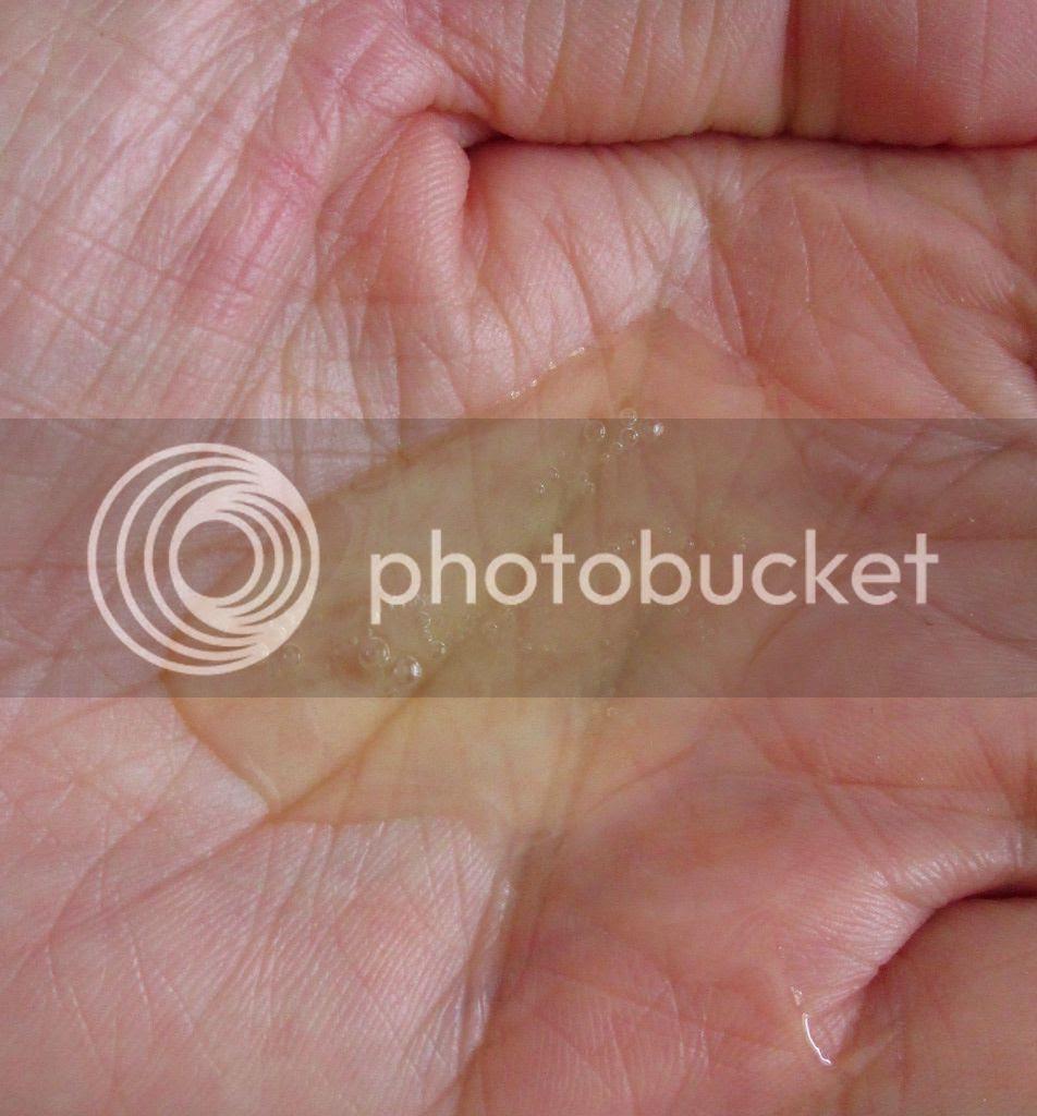 photo AnatomicalsCypressThymeBodyCleanser03.jpg
