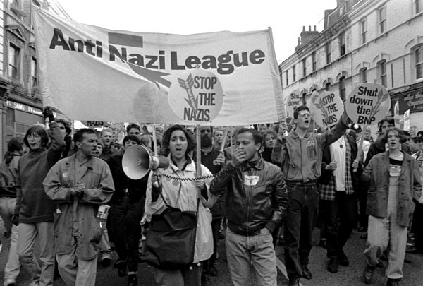 http://philmaxwell.org/wp-content/uploads/2012/08/Protest-a019_11.jpg