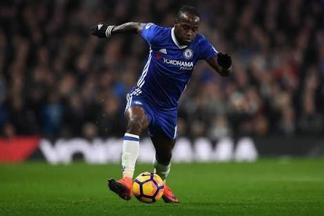 Chelsea winger pens new deal, leaves Stamford Bridge on loan