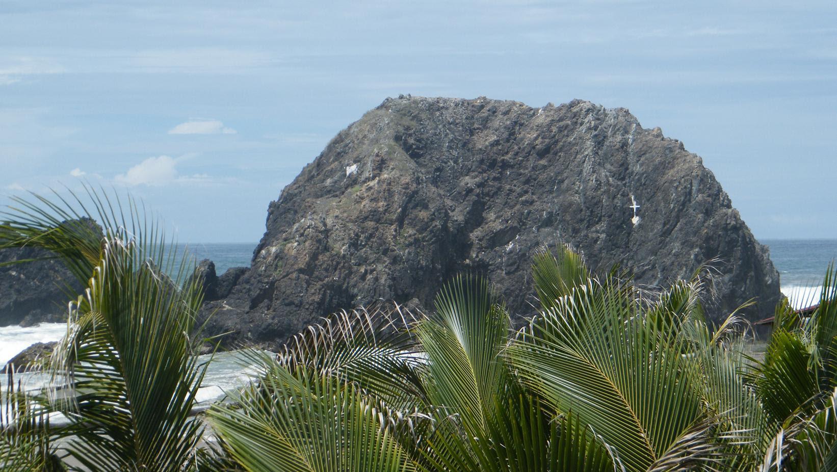 Playa de Piedra de Tlacoyunque, guerrero, santuarios, méxico