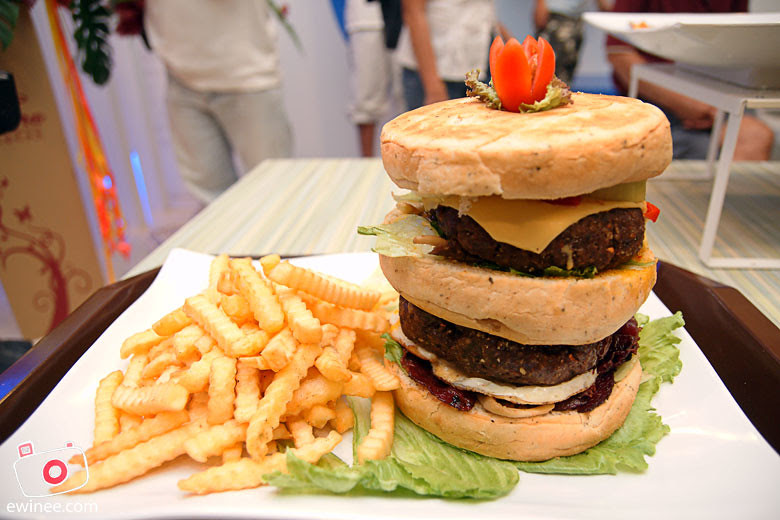 CHILLEX-CAFE-PUCHONG-big-burger