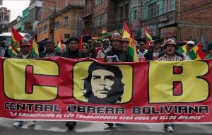 Uno de los dirigentes de la COB, Octavio Urquizo, reconoció que no todos los sectores acataron la huelga.EFE