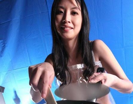 http://hkmdb.com/db/images/people/55416/FloraCheungChingSze-2-b.jpg