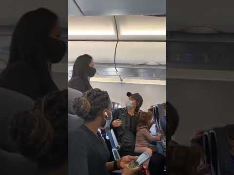 Spirit Airlines removes a Jewish family after their 2yo didn't wear a mask while eating