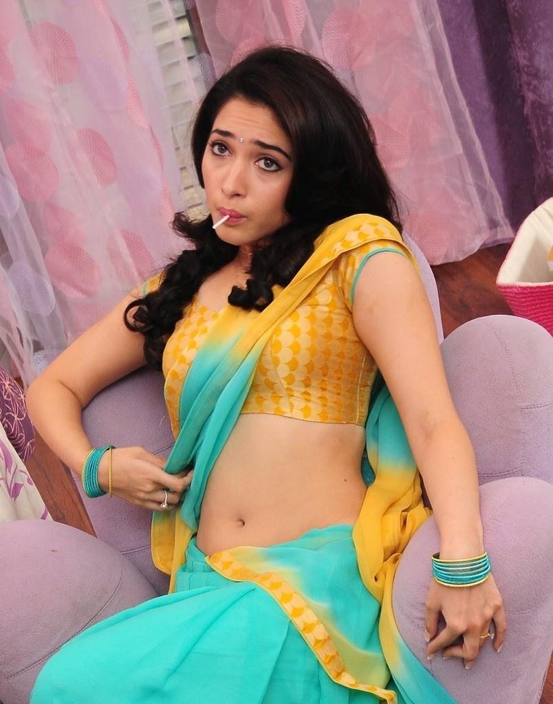 Tamannaah Bhatia Hot Navel Show GIFs
