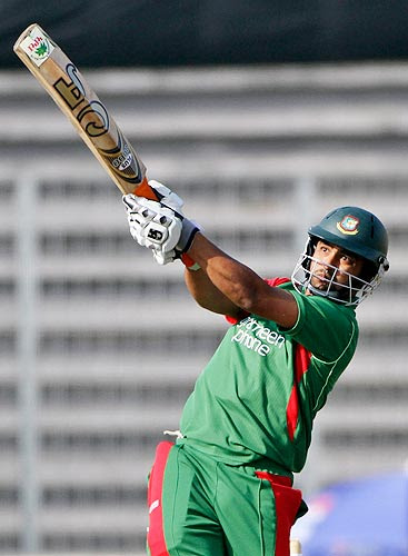 ap10010715986 Watch Bangladesh Vs India 3rd ODI Result,Photo & Video Highlights