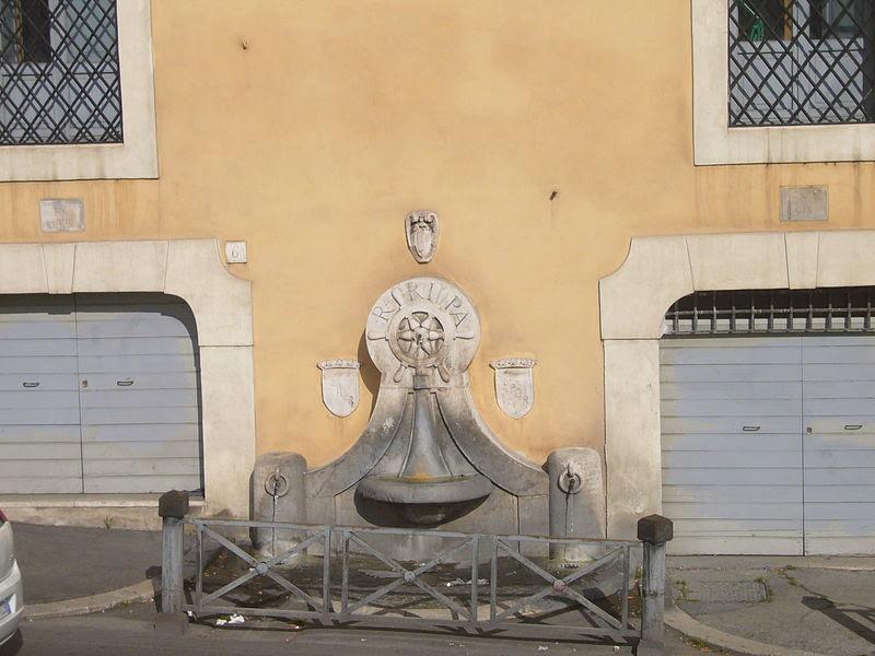 File:Trastevere - fontana del s Michele 1200863.JPG