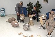 I vasi sequestrati dalla guardia di Finanza