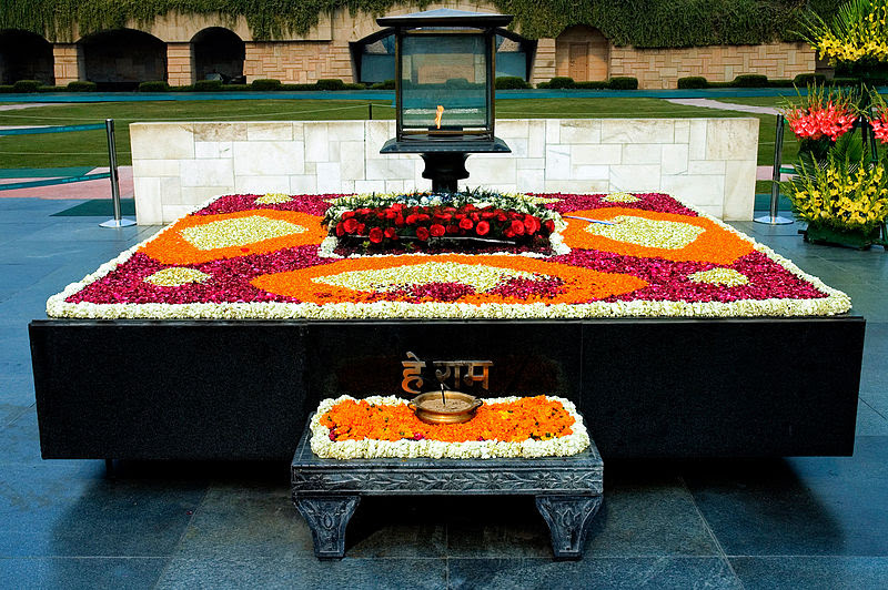 http://upload.wikimedia.org/wikipedia/commons/thumb/f/f3/Gandhi_Memorial.jpg/800px-Gandhi_Memorial.jpg