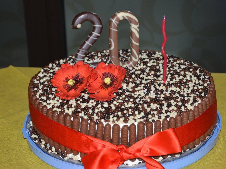 Torta Di Compleanno Cioccolato E Panna