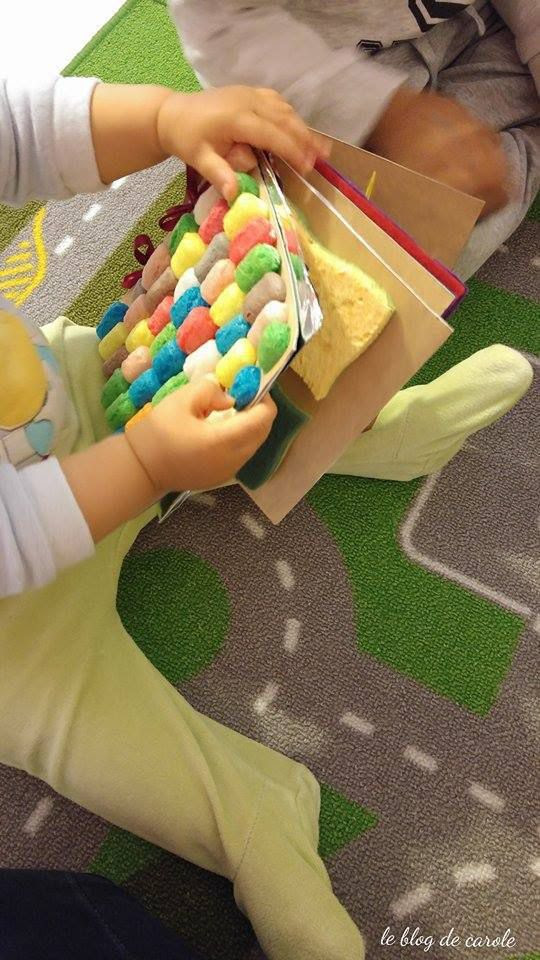 Création d'un livre tactile et sensoriel pour bébé