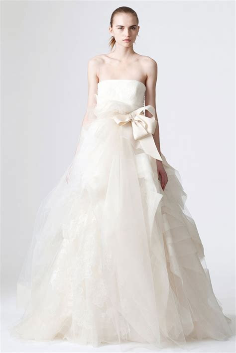 Vera Wang   House Of Bridal Gowns   SpellBrand®