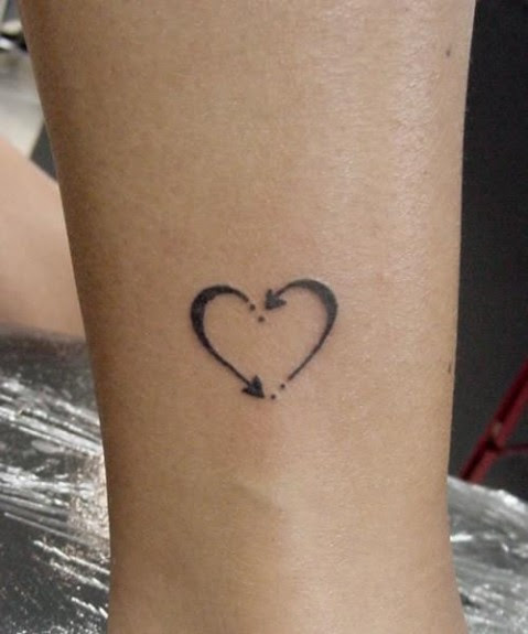 The Origins Of Wearing Your Heart On Your Sleeve Arts Culture