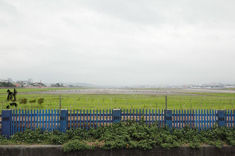 松山機場濱江街180巷 飛機巷 看飛機起降