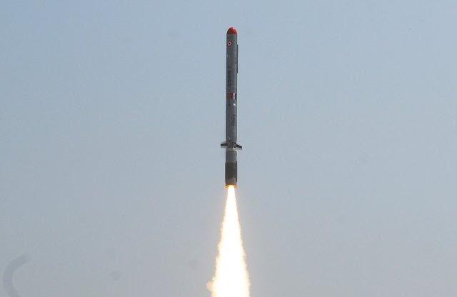 India probará el fuego del Nirbhay misil de crucero con capacidad nuclear desde el polígono de pruebas integrado en Balasore en Odisha el 17 de octubre, será el segundo lanzamiento del arma indígena desarrollada por la Organización de Investigación y Desarrollo para la Defensa de la India (DRDO).