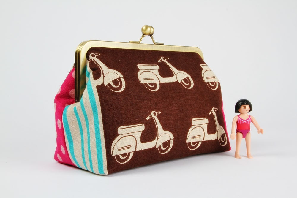 Cosmetic pouch - Echino scooters in chocolate - metal frame pouch
