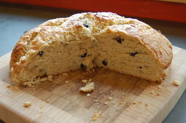 Sweet Irish Soda Bread by Eve Fox, The Garden of Eating blog, copyright 2011