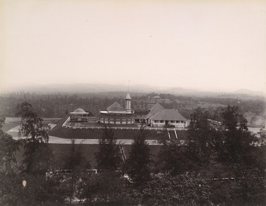 [Distant view of] The Palace, Trivandrum.
