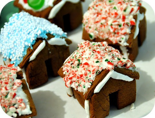 Miniature Gingerbread Houses