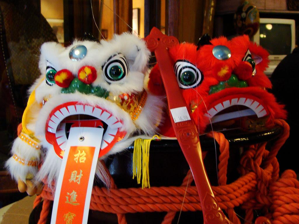 DSC03096 chinese lion dance  heads