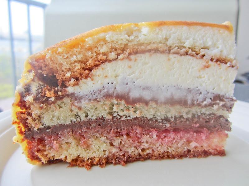 Prinsesstarta with chocolate pastry cream