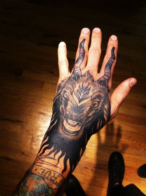 flaunt style cool hand tattoo designs