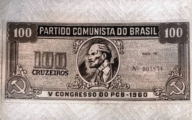 Imagem de dossiê sobre Luís Carlos Prestes pelo Serviços de inteligência da ditadura militar. Foto: Arquivo Brasil Nunca Mais