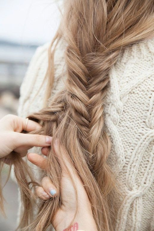 Le Fashion Blog -- 30 Inspiring Fishtail Braids -- Low Braid Hair Style -- Via Fawn Deviney -- photo 16-Le-Fashion-Blog-30-Inspiring-Fishtail-Braids-Low-Braid-Hair-Style-Via-Fawn-Deviney.jpg