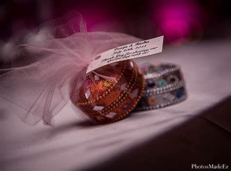 All posts tagged with Indian wedding favors   Maharani