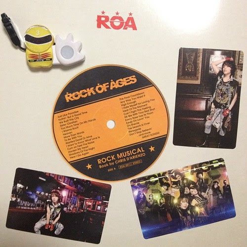 「ROCK OF AGES」パンフとFC限定トレカ。