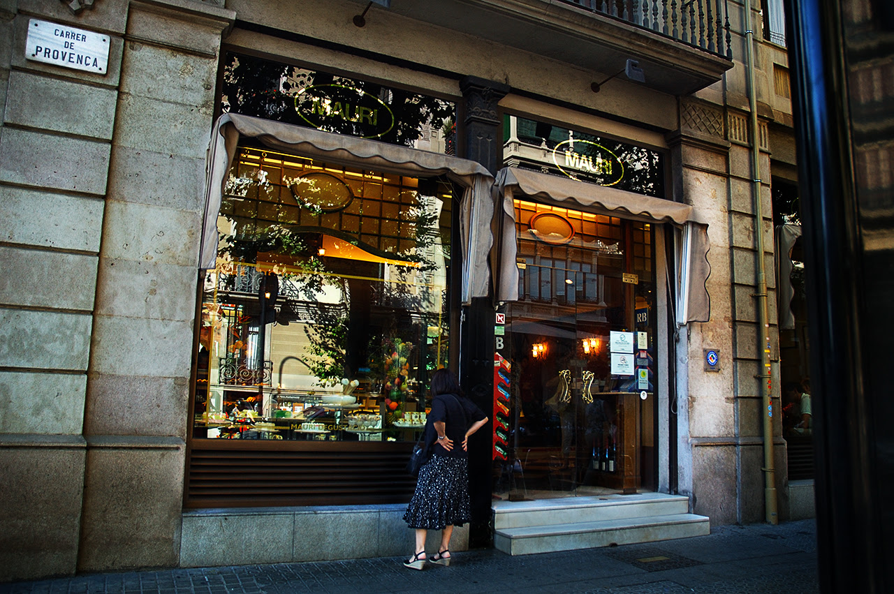 Best Pastry Shops in Barcelona: Pastelerias Mauri