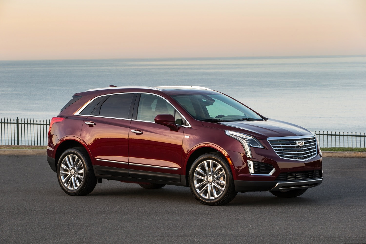 Cadillac XT5 Has More Room Than Outgoing SRX   GM Authority