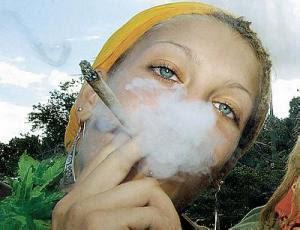 Курящие коноплю картинка к чему снится курение конопли
