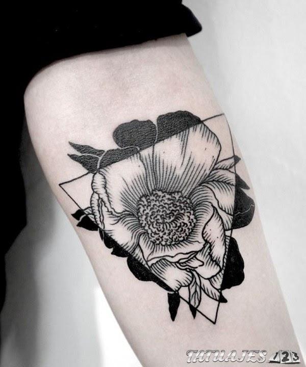 Tatuajes De Flores En Blanco Y Negro Tatuajes 123